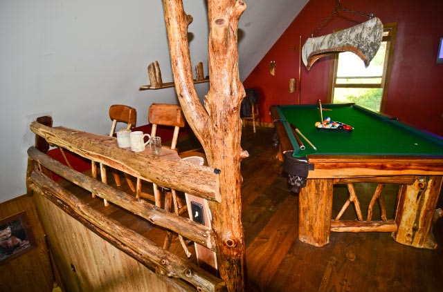 bear-lodge-game-room