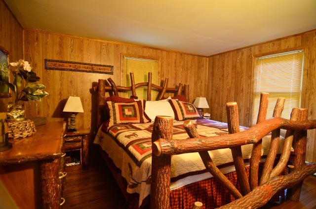 Bear-lodge-bear-room