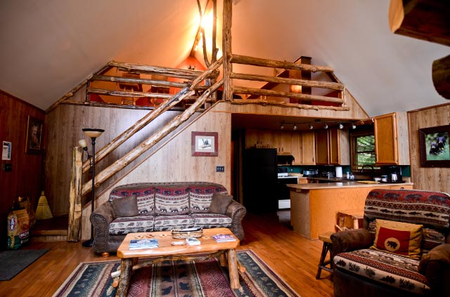 bear-lodge-great-room
